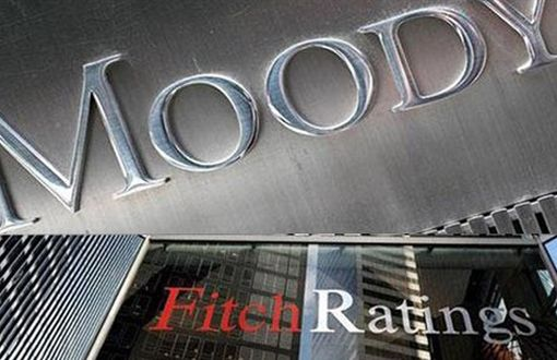 Fitch Places 25 Banks in Turkey on Watch Negative