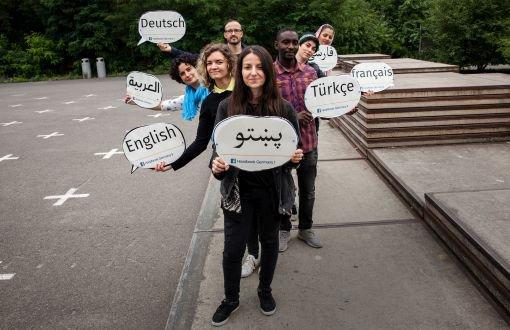 Almanyaya Göç Edenler Için Ilk Yardım Projesi Handbook Germany